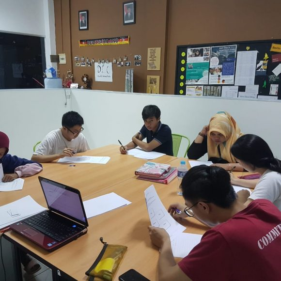 Intermediate Level B1: Regular Class